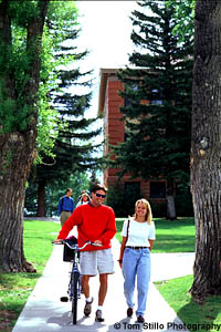 Couple on campus